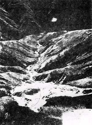 [Foto+Real+del+impacto+de+Objeto+Ovni+en+Bolivia-+1978.jpg]