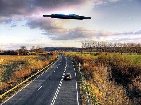https://realidadovniargentina.files.wordpress.com/2013/01/ufo-over-road.jpg?w=465
